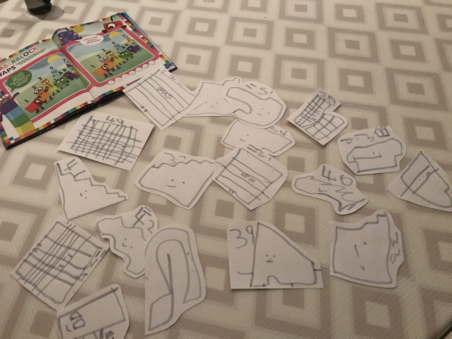 I giocattoli Frugal possono essere disegnati su carta, che è un'ottima pratica per i bambini in età prescolare