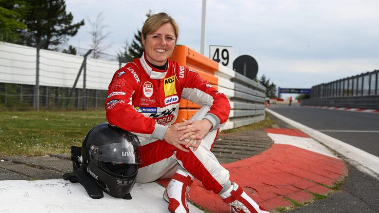 Sabine Schmitz La curva del Nürburgring è ufficiale